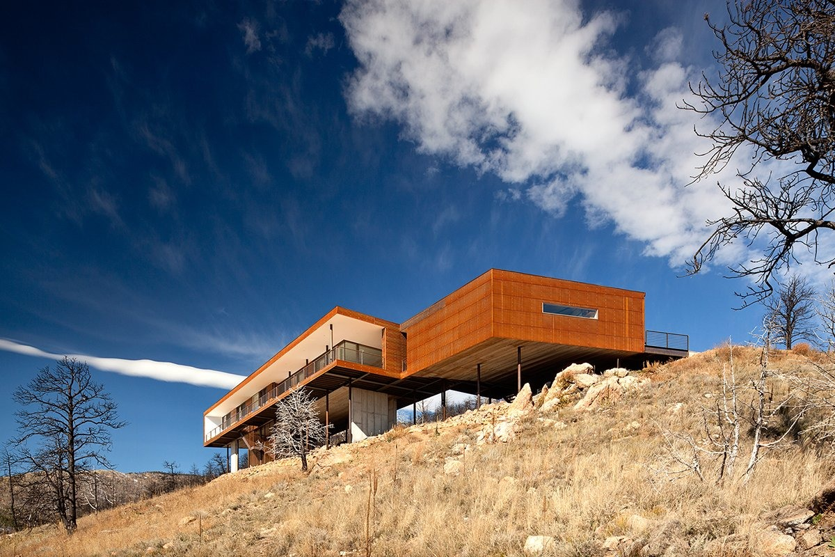 Sunshine Canyon Residence